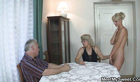 Tedesco Milf solo video porno amatoriali italiani fa gola profonda e ottiene in video amatoriale