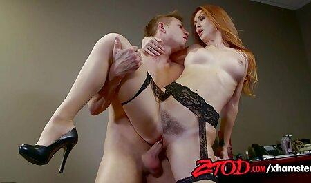 Hottie Carmen porno amatoriale italiano fatto in casa si masturba con un giocattolo la sua figa