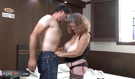 Ebano plumper cavalca nero porno gratis amatoriale italiano Dee
