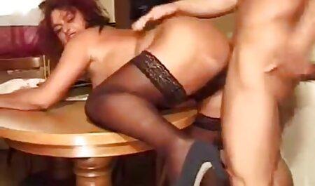 Tiny4K-ottiene un video porno amatoriali coppie italiane cazzo di Capodanno
