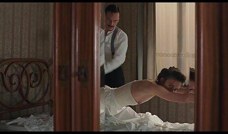 Ragazza in calze cums in mutandine amatoriali italiani porno video