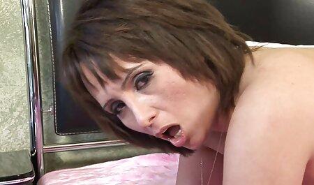 Affascinante ragazza nera porno free amatoriale italiano adora scopare